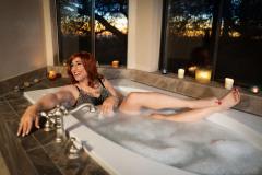 Nude Crossdresser in bubble bath