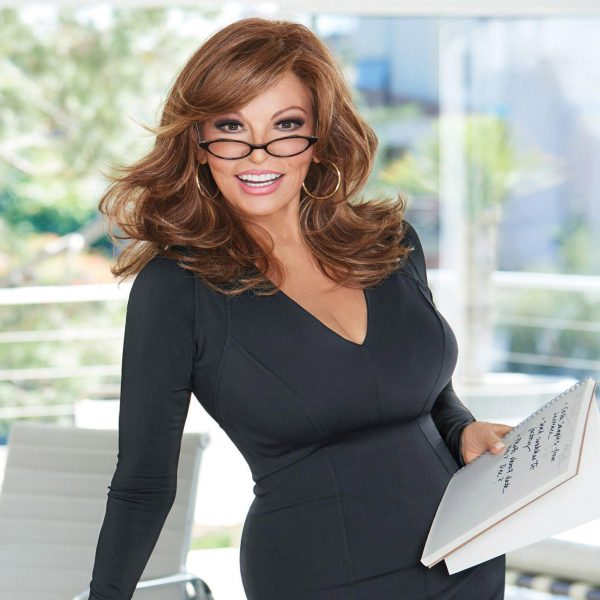 raquel-welch-curve-appeal-wig-2