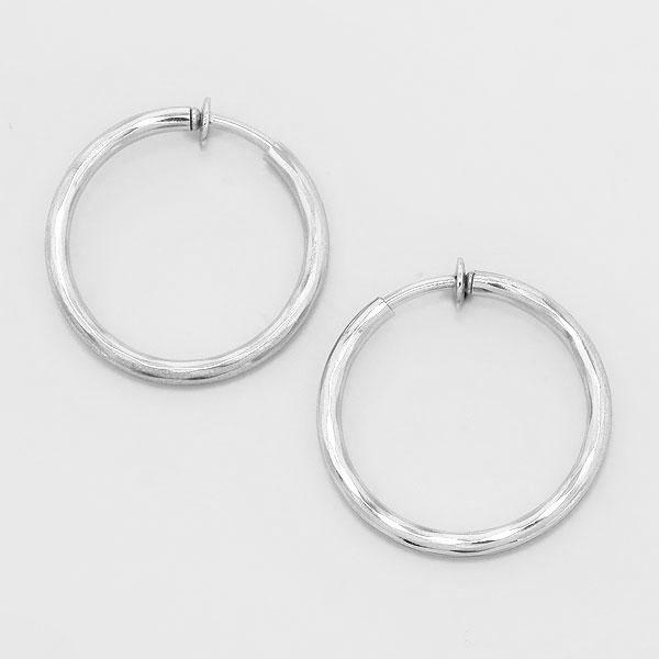 DT6015 Clip On Earrings