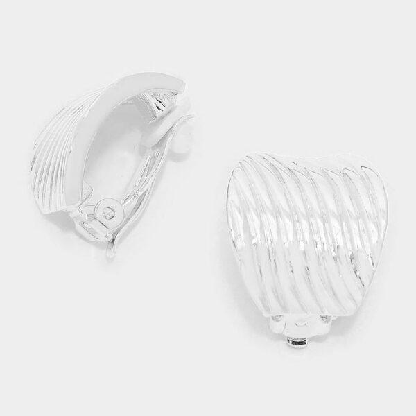 DT6024 Clip On Earrings